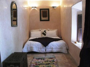 Hotel riad asna marrakech maroc for Chambre en longueur